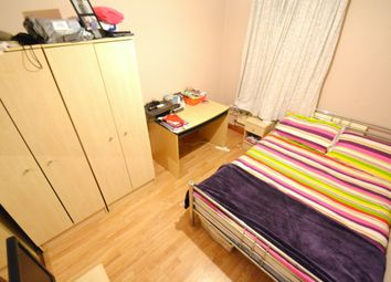 Thumbnail 4 bed property to rent in Inverness Place, Roath, Cardiff