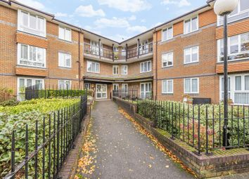 1 bed flat for sale in Staines-Upon-Thames, Surrey TW18