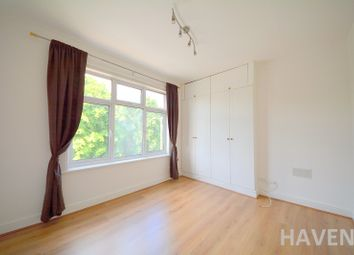Thumbnail  Studio to rent in Eastend Road, East Finchley, London
