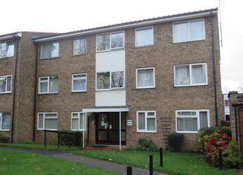 2 bed flat for sale in The Shires, Old Bedford Road, Luton LU2