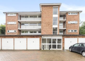 Martyrs Court, Station Road, Amersham, Buckinghamshire HP7. 2 bed flat