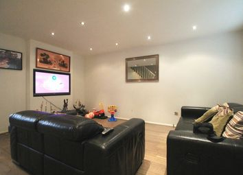 Thumbnail 3 bed flat to rent in Aylesham Close, Edgware