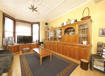 3 bed property for sale in Lea Bridge Road, London E5