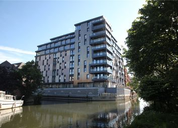 Thumbnail 1 bed flat to rent in Kennet House, 80 Kings Road, Reading, Berkshire