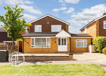 Thumbnail 3 bed detached house for sale in Walnut Way, Hitchin