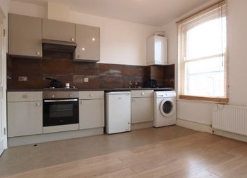 Thumbnail 1 bed flat to rent in Daleview Road, Manor House
