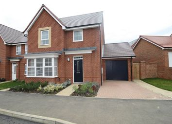 Thumbnail 3 bed detached house to rent in Burgundy Drive, Hemel Hempstead