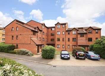 1 bed flat for sale in Samuel Close, London SE14