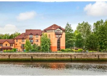 Thumbnail 5 bed flat for sale in Canting Way, Glasgow