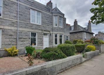 2 bed flat to rent in Forest Avenue, West End, Aberdeen AB15