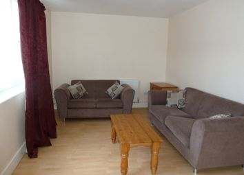 Thumbnail 3 bed flat to rent in Scorton House, Hoxton