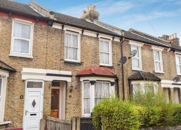 Thumbnail Flat to rent in Meadow View Road, Thornton Heath