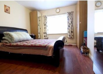 Thumbnail 5 bedroom terraced house to rent in Southwold Road, Clapton