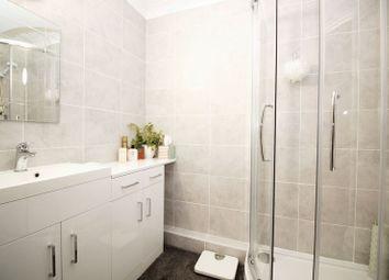 1 bed flat for sale in Oak Road, Crawley RH11