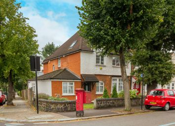 Thumbnail 2 bed flat for sale in Hoppers Road, Winchmore Hill