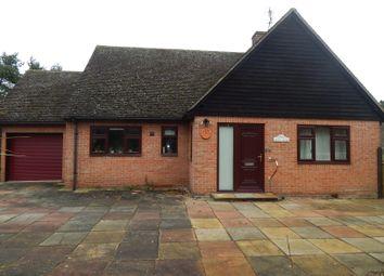 Pembroke Lane, Milton, Abingdon OX14. 2 bed detached bungalow