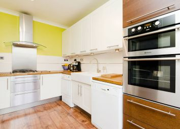 Thumbnail 4 bed flat to rent in Finchley Road, Golders Green, London