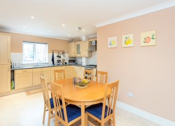 Thumbnail 2 bed flat to rent in Bewley Street, London
