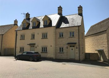 Thumbnail 2 bed flat to rent in Middle Mead, Cirencester, Gloucestershire