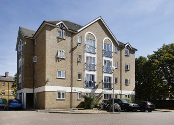 Thumbnail 1 bed flat for sale in Farrow Lane, London