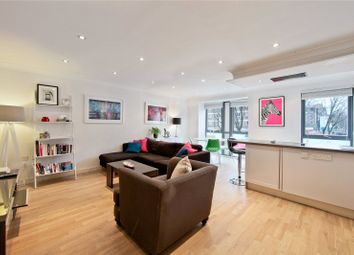 Thumbnail 1 bedroom flat for sale in Southgate Road, London