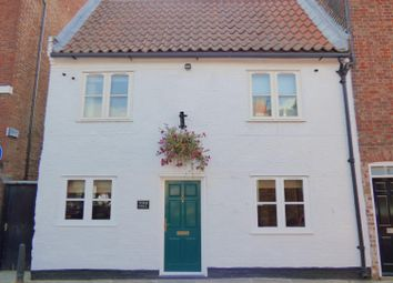 Thumbnail 5 bedroom terraced house for sale in Lairgate, Beverley