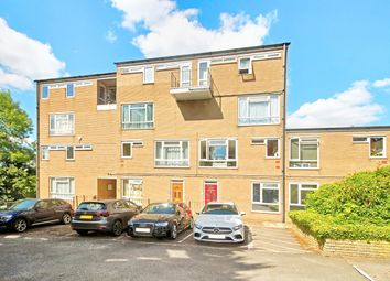 High Street, Elstree, Borehamwood WD6. 1 bed flat