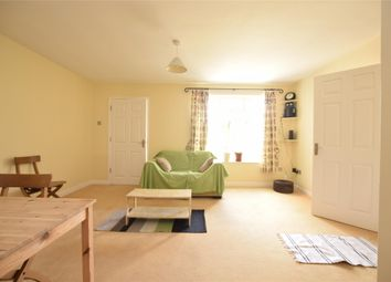 Thumbnail 2 bed flat to rent in Sadlers Court, Abingdon, Oxfordshire