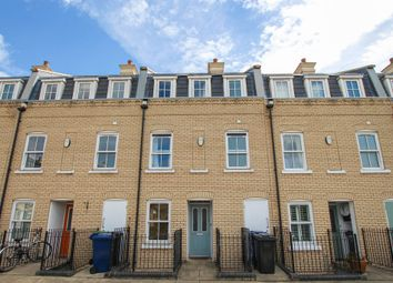 Thumbnail 3 bedroom town house for sale in St. Matthews Gardens, Cambridge