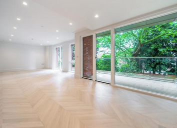 Thumbnail 1 bedroom flat for sale in Hampstead Manor, Kidderpore Avenue, Hampstead, London