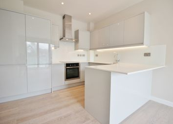Thumbnail 2 bedroom flat for sale in Station Road, Barnet