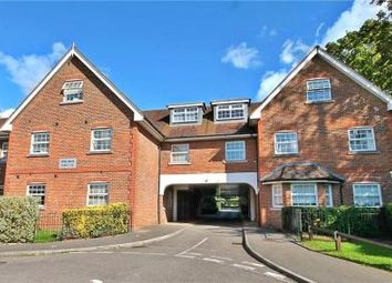 Thumbnail 2 bed flat for sale in Brighton Road, Lower Kingswood, Tadworth