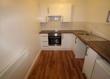 Thumbnail 1 bed flat to rent in Erskine Street, Leicester, Leicestershire