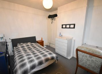 4 bed terraced house to rent in Manners Road, Southsea PO4