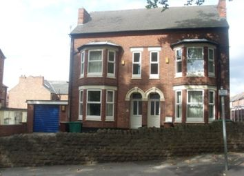 Thumbnail 7 bed shared accommodation to rent in Derby Road, Lenton, Nottinghamshire