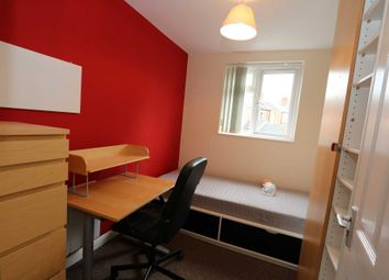 Thumbnail Room to rent in Room B, Gulson Road