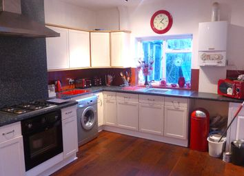 Thumbnail 1 bed flat to rent in Fountain Road, London