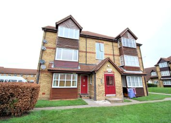 Thumbnail Maisonette for sale in Frobisher Road, Erith, Kent