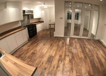 Thumbnail 4 bed terraced house to rent in Evelyn Avenue, London