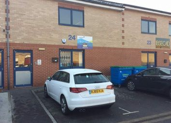 Thumbnail Office to let in Unit 24 Boundary Business Centre, Woking