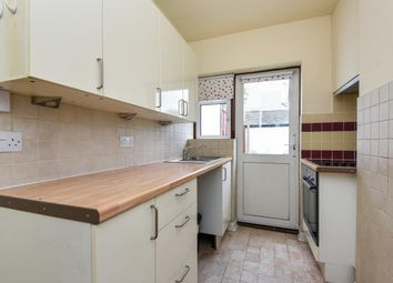 Thumbnail 1 bed flat to rent in Lancing Road, Croydon