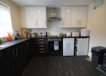 4 bed terraced house to rent in Blue Fox Close, West End, Leicester LE3