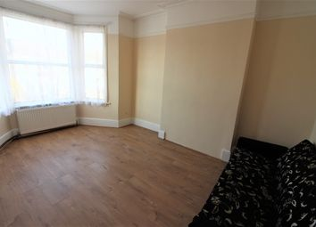 Thumbnail Studio to rent in Elgin Road, Seven Kings, Ilford