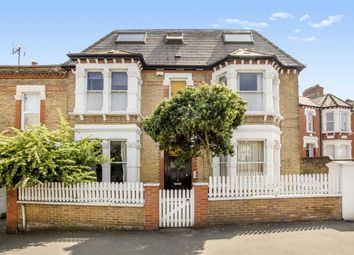 Thumbnail 1 bed flat for sale in Woodside, London
