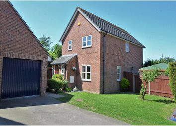 Thumbnail 3 bedroom detached house for sale in Latchingdon Close, Rayleigh