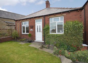 2 bed detached bungalow for sale in Lodge Street, Skelmanthorpe, Huddersfield, West Yorkshire HD8