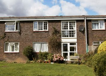 Thumbnail 1 bed flat to rent in Croft Close, Chipperfield, Kings Langley