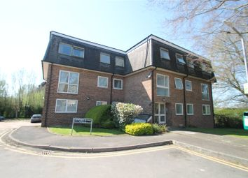 Thumbnail 2 bed flat to rent in Hawden Road, Tonbridge