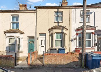 Thumbnail Terraced house for sale in Oakridge Road, High Wycombe