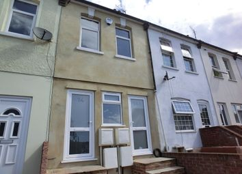 Thumbnail 1 bed flat to rent in Dover Road East, Northfleet, Gravesend